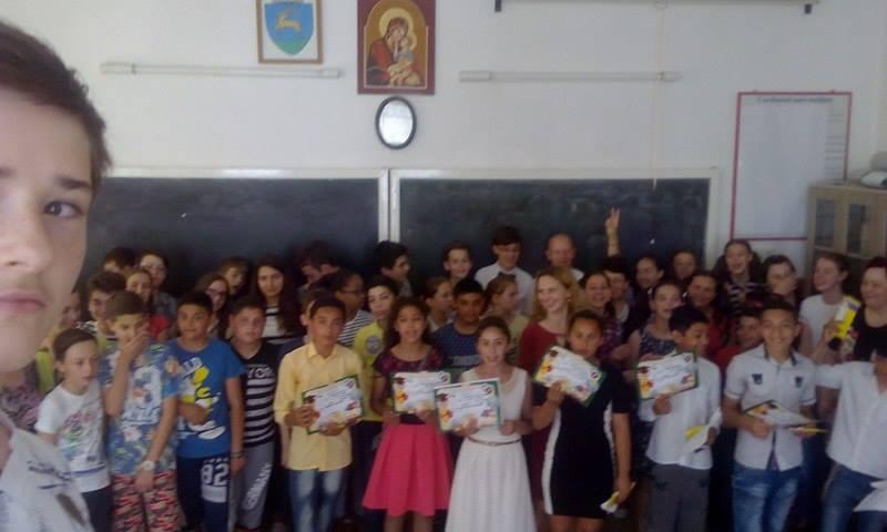 Serbarea școlară - simbolul speranţei pentru copiii defavorizați_3